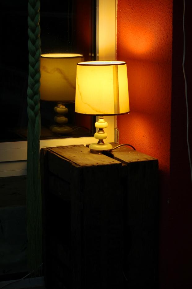 Lampe in der Ecke